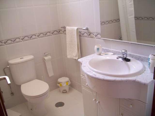 Bathroom - Terrazas de la Paz, Golf del Sur, Tenerife
